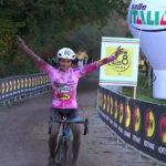 Sara Casasola saldamente in maglia rosa