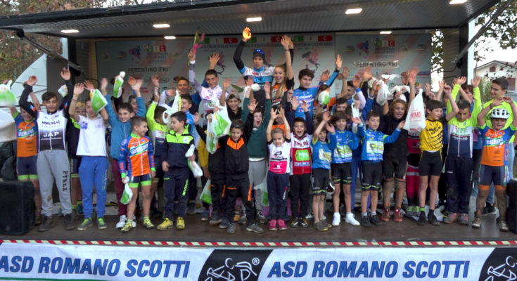Foto di gruppo a Ferentino