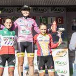 Francesca Baron i (al centro) sul podio di Ferentino tra Sara Casasola e Gaia Realini