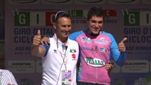 Un radioso Daniele Peschi con il CT Fausto Scotti