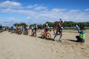 L'impegnativo tratto in sabbia (foto Billiani)